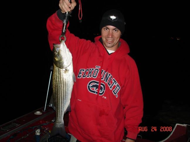 Click image for larger version  Name:Joe's fish 24Aug08.jpg Views:117 Size:49.4 KB ID:7638